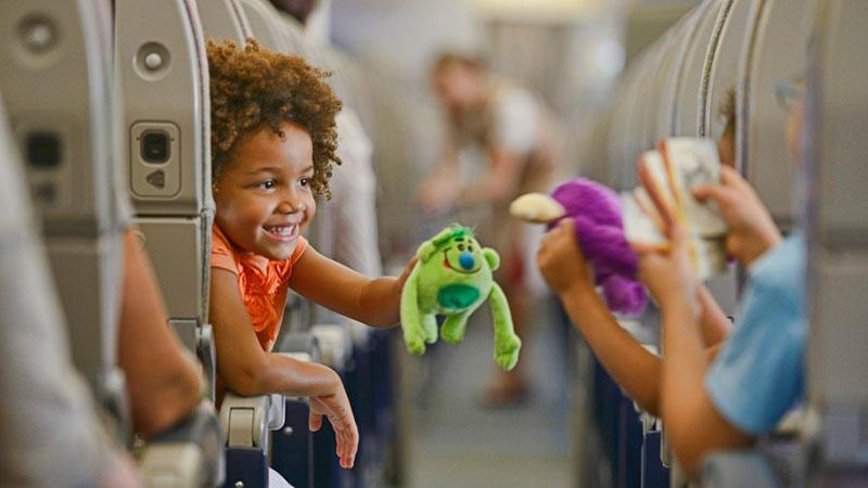 Детский билет на самолет до какого возраста