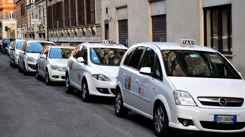 Как добраться из аэропорта Рима до центра города: такси