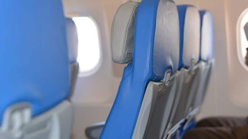Где сидеть в самолете лучше