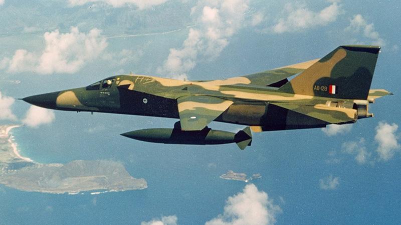 Особенности военного самолета F-111