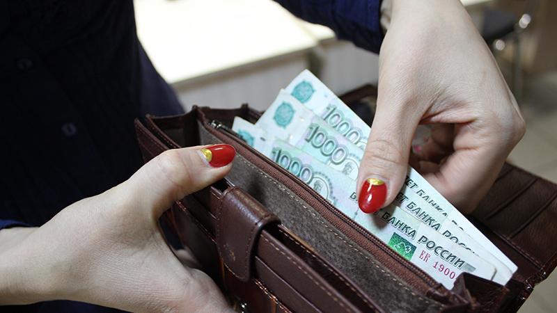 Изображение - Сколько в месяц зарабатывают бортпроводники skolko-poluchayut-styuardessi3