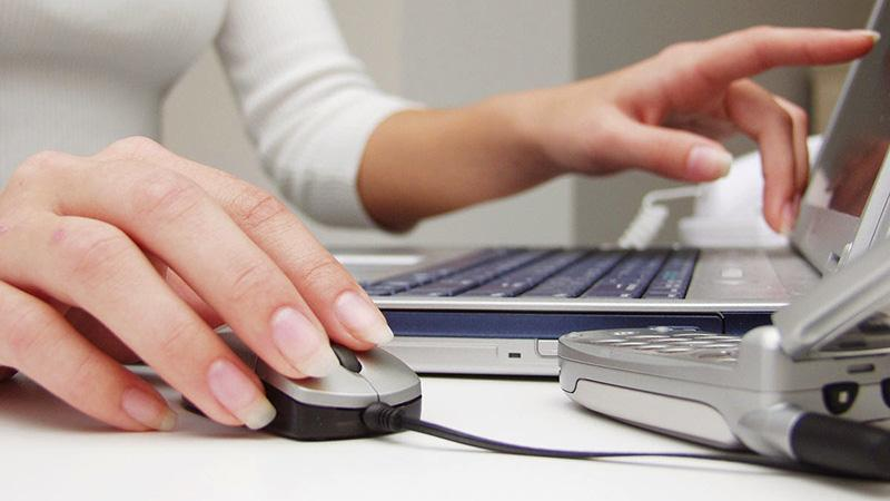 Преимущества бронирования мест в самолете через интернет по электронному билету