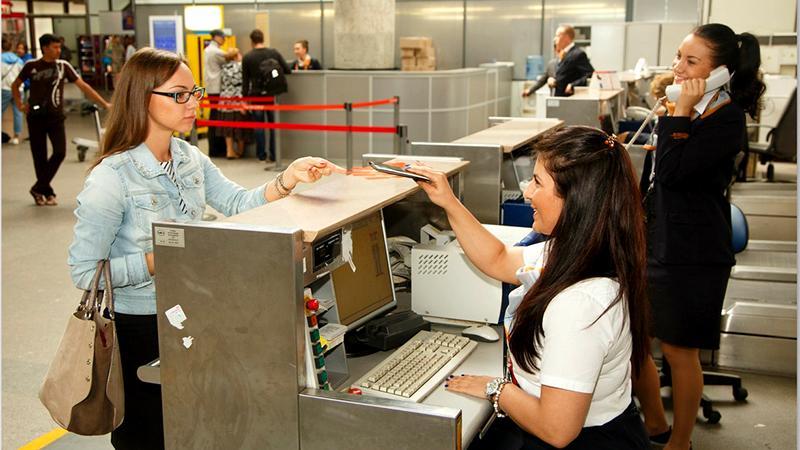 За сколько часов приезжать в аэропорт после регистрации на рейс в интернете