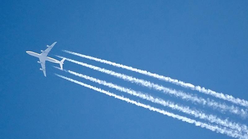 Какая скорость у самолета при полете