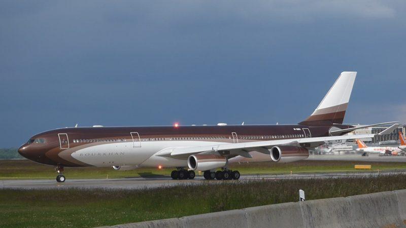 сколько стоит настоящий частный самолет цена в рублях3