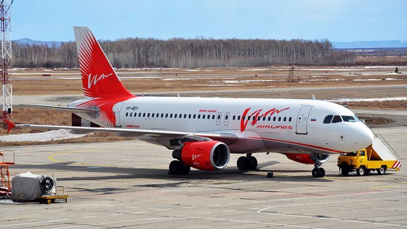Сколько лететь на самолете от Питера до Москвы прямым рейсом