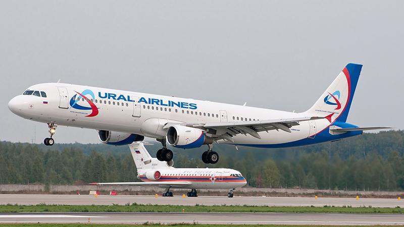 Летим на самолете из Москвы до Симферополя: авиалинии
