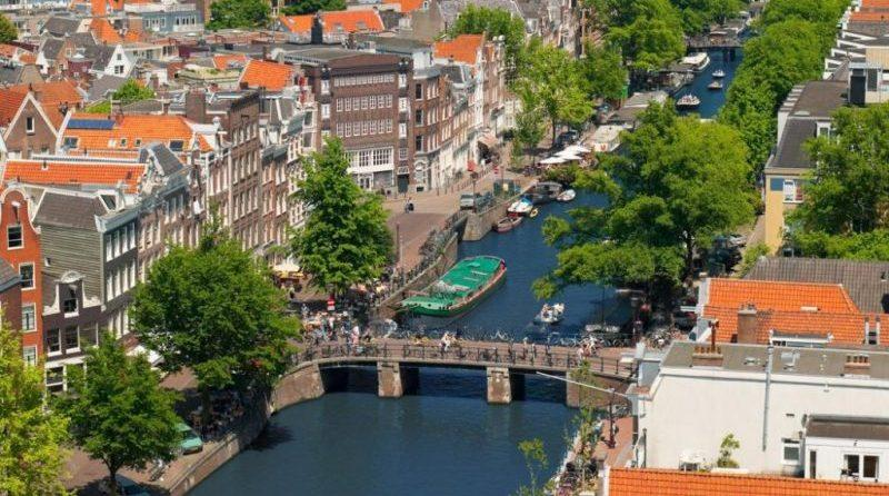 Амстердам Москва разница во времени
