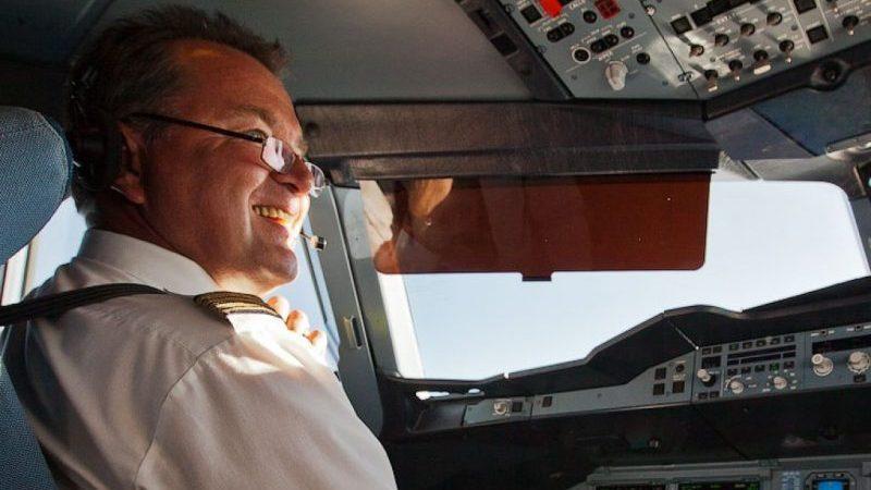 Настоящая зарплата пилота гражданской авиации