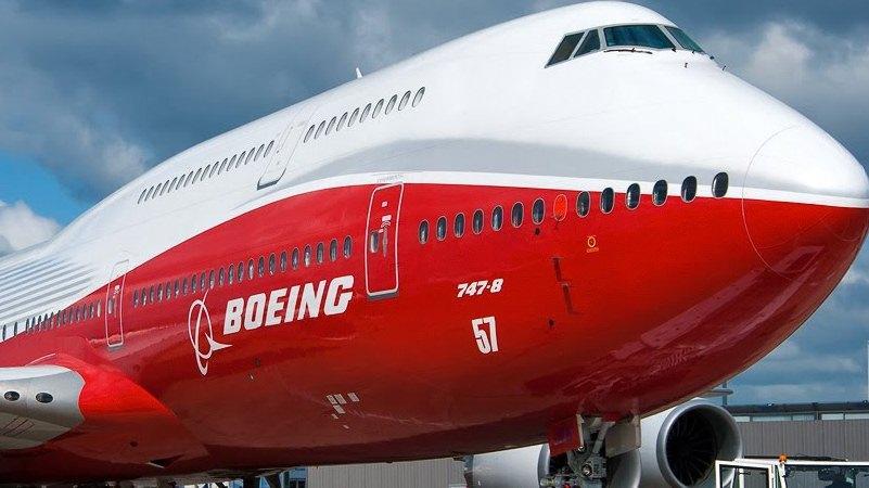 сбрасывают ли самолеты топливо перед посадкой