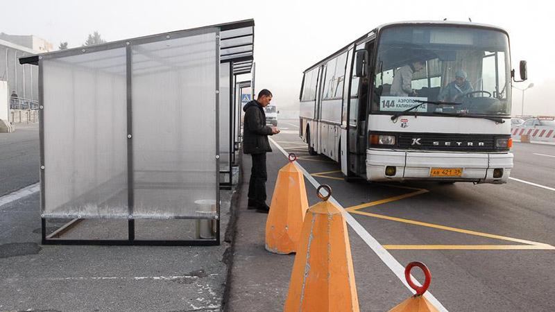 Какие автобусы едут из аэропорта Храброво в Калининград