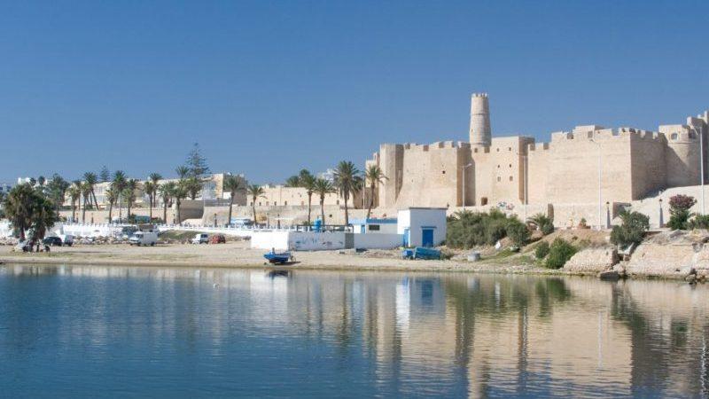 сколько лететь из Перми в Тунис