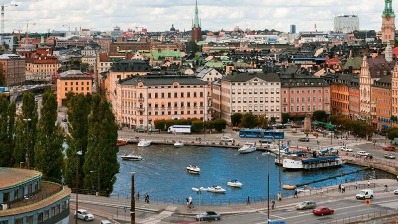 сколько лететь до Стокгольма из Москвы