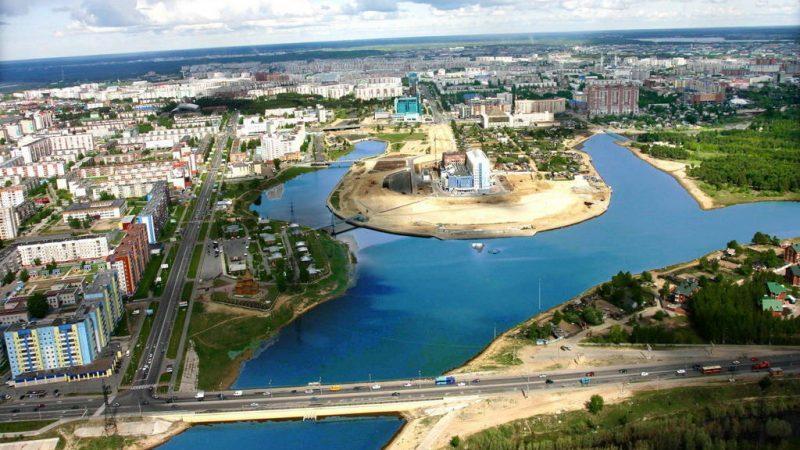 сколько лететь до Сургута из Москвы