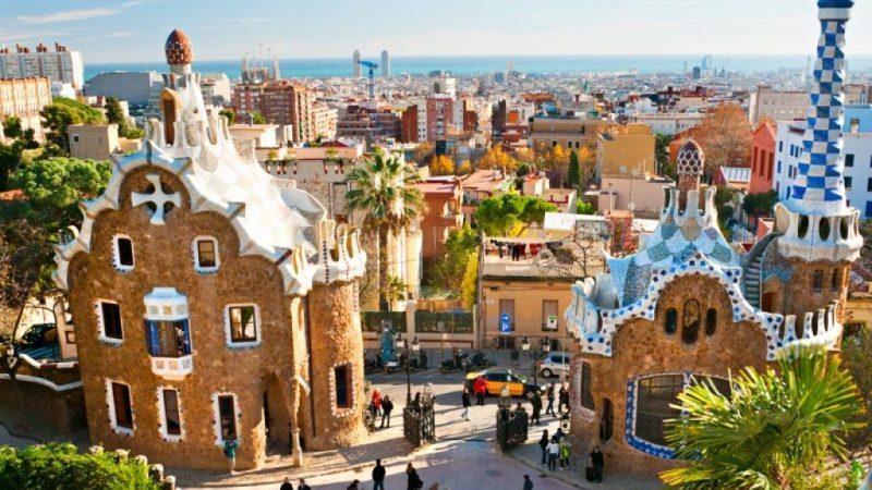 сколько лететь до Барселоны из Екатеринбурга