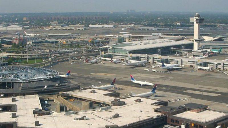 сколько аэропортов в США2