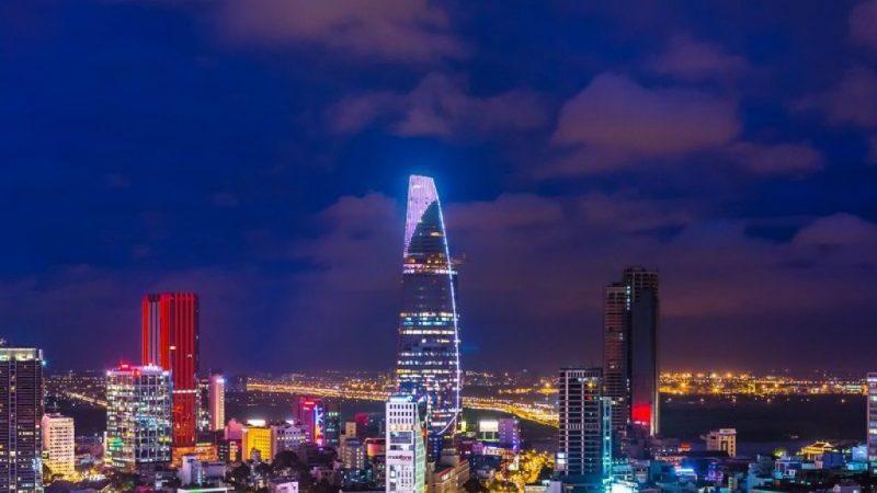 сколько лететь до Вьетнама из Санкт Петербурга прямым рейсом