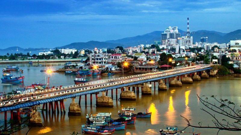 Время полета Красноярск - Вьетнам
