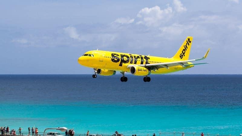 Бюджетная американская авиакомпания Spirit Airlines