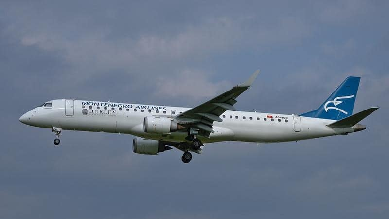 """Национальная авиакомпания """"Montenegro airlines"""" - флагман гражданской авиации Черногории"""