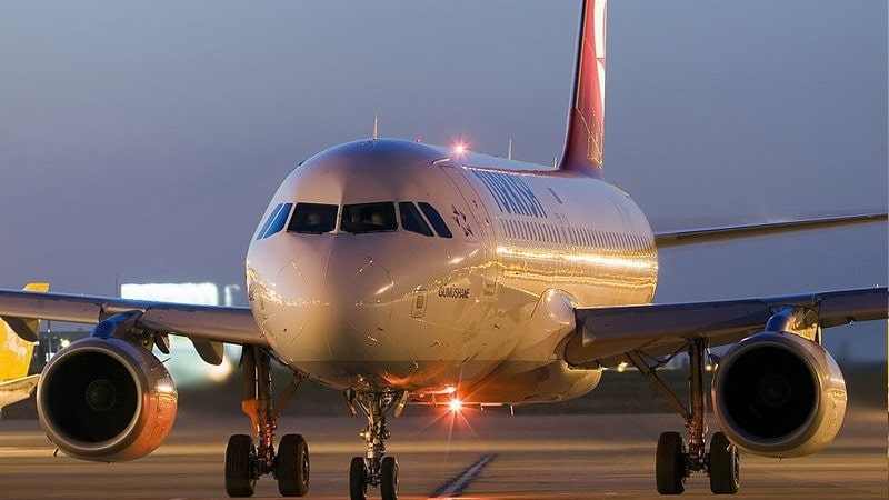 Какие бывают чартерные рейсы из Санкт-Петербурга и в чем их преимущества