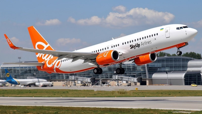 """Бюджетная украинская авиакомпания """"SkyUp Airlines"""""""