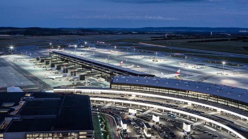 Где находится аэропорт Вена Швехат (Vienna International Airport)