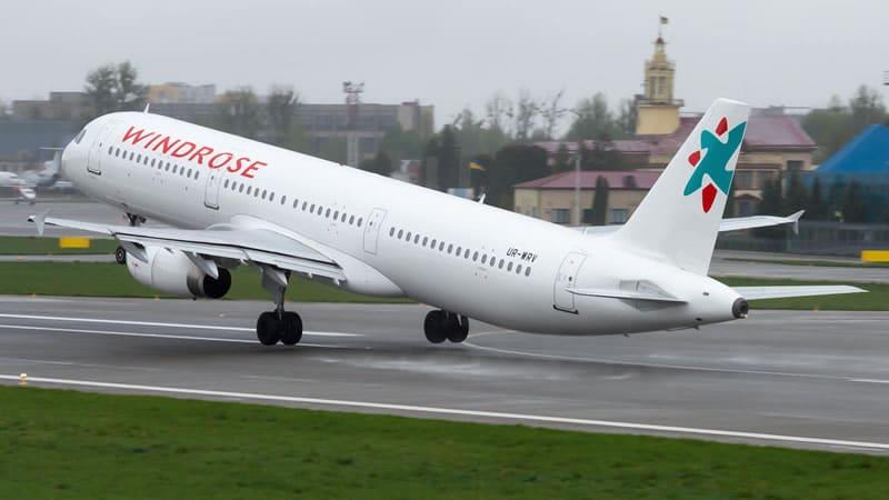 Украинская чартерная авиакомпания Windrose Airlines