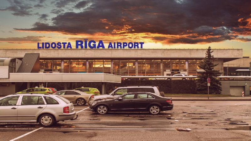 Где находится аэропорт Риги и как до него добраться