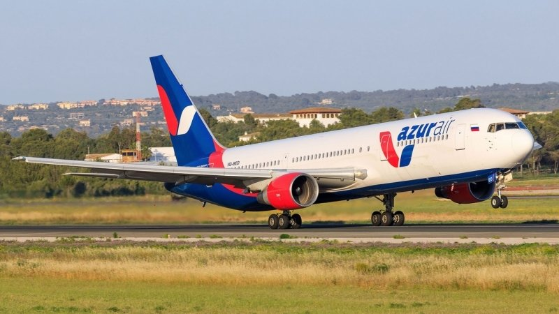 """Перевозка вещей в авиакомпании """"Azur Air"""" (Азур Эйр): ручная кладь и багаж"""