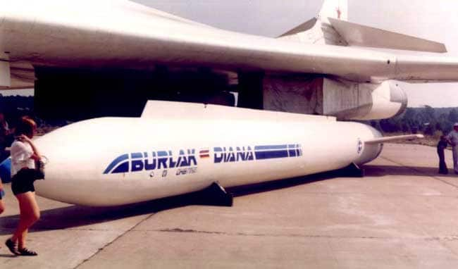 Обзор самолета Белый лебедь (ТУ-160): технические характеристики и возможности